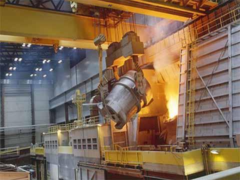 Это металлургический мостовой кран 100 тонн