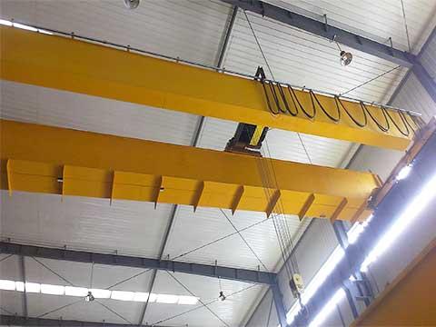 Фото двухбалочный мостовой кран с крюком 25 тонн