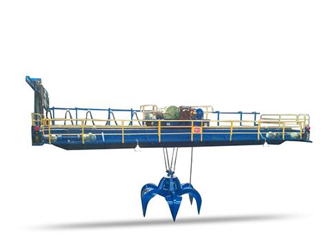 Продам мостовой грейферный кран в Китае